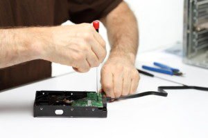 Externe Festplatte selbst bauen – so geht's