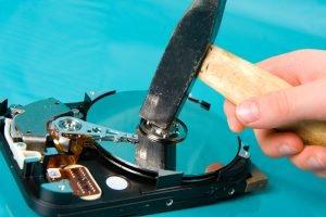 Externe Festplatte zerstören und sicher entsorgen